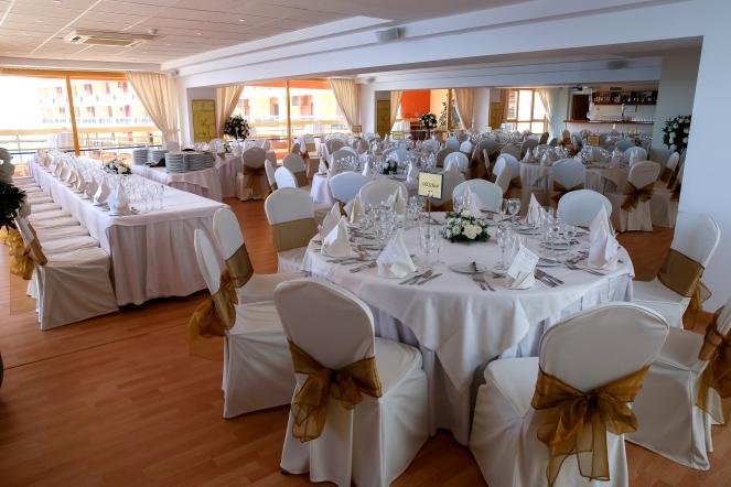 Sala Malaga - Sunset Beach Wedding Room