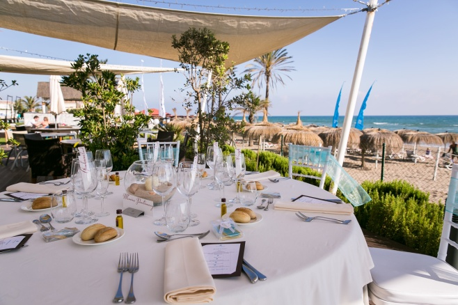 Table set up at Estrella del Mar